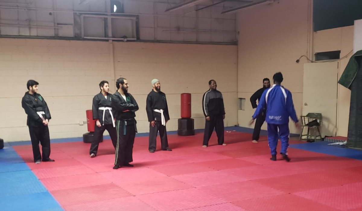http://ummamartialarts.ca/wp-content/uploads/2019/02/Adults-class-2-1200x700.jpeg